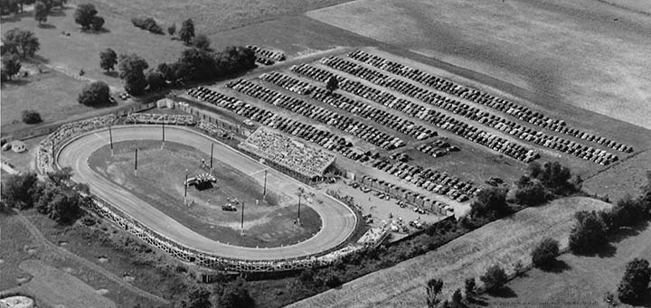 Photo: Richmond Midget Stadium Circa 1940-50 photo by Ralph Pyle from the collection of Dick Mendenhall.