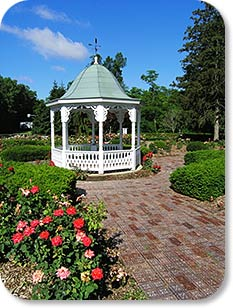 Richmond indiana a a r s rose garden for The gardens of the american rose center