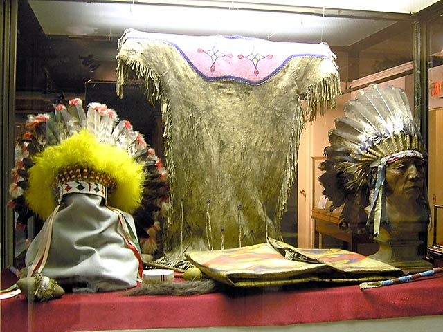 native american artifacts at the wayne county historical museum  richmond  indiana
