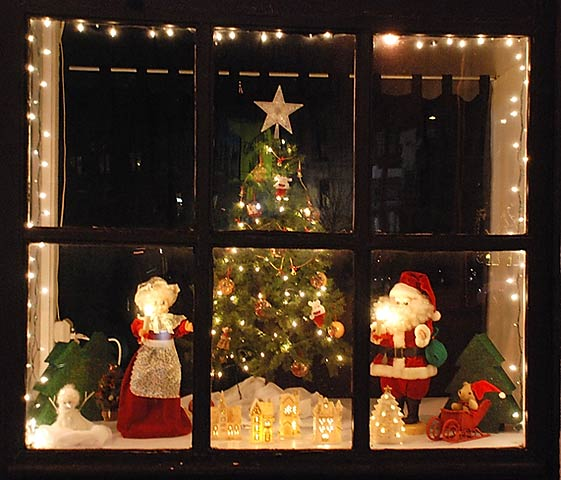 Home Depot Christmas Decorations: Christmas Window Decorations